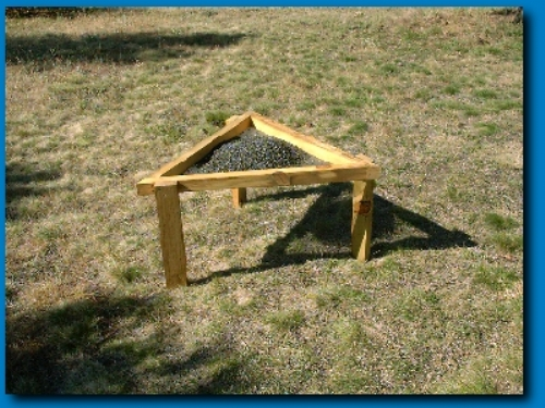 213large_feeder_opengroundB4201-22
